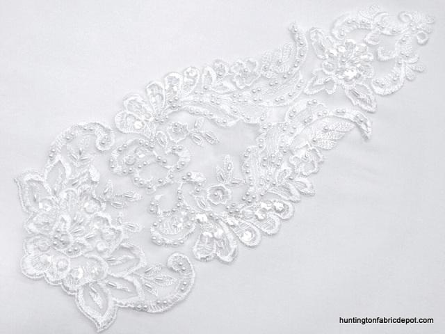 Lace applique white cm exter