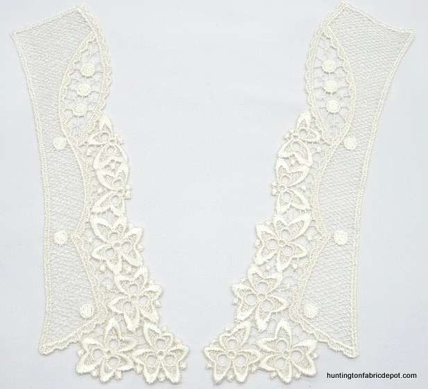Light Ivory Collar Lace Applique