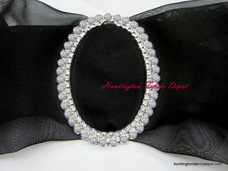One Row Clear Rhinestone Oval Buckle