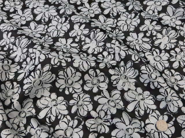 Cheap Black/White Floral Decoration/Display Fabric