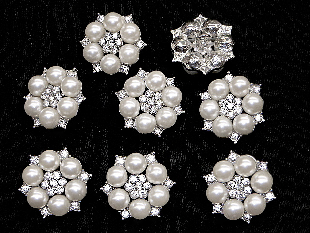 Elegant Rhinestone and Pearls Buttons