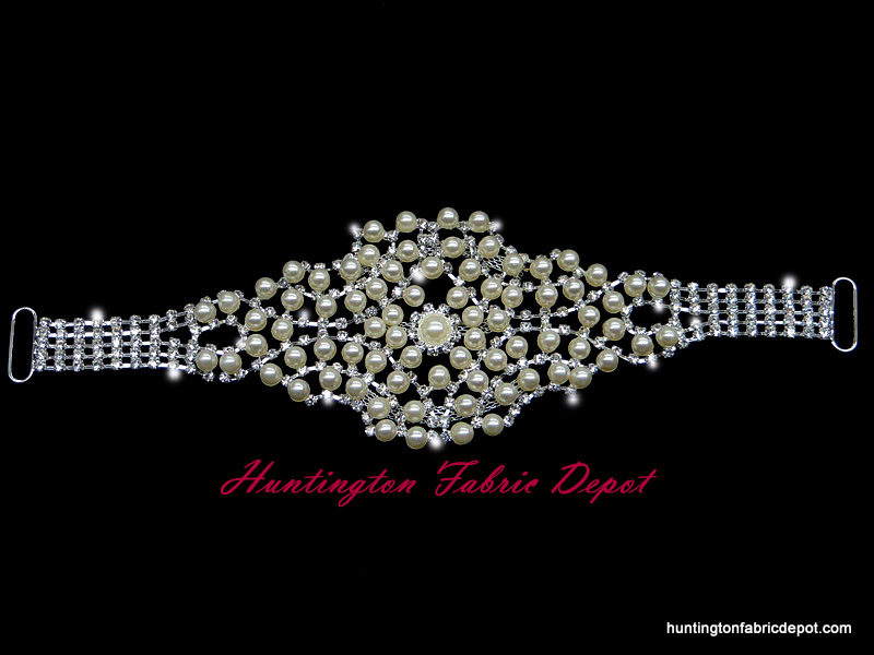 Brilliant 10.5-inch Rhinestones and Pearls Applique