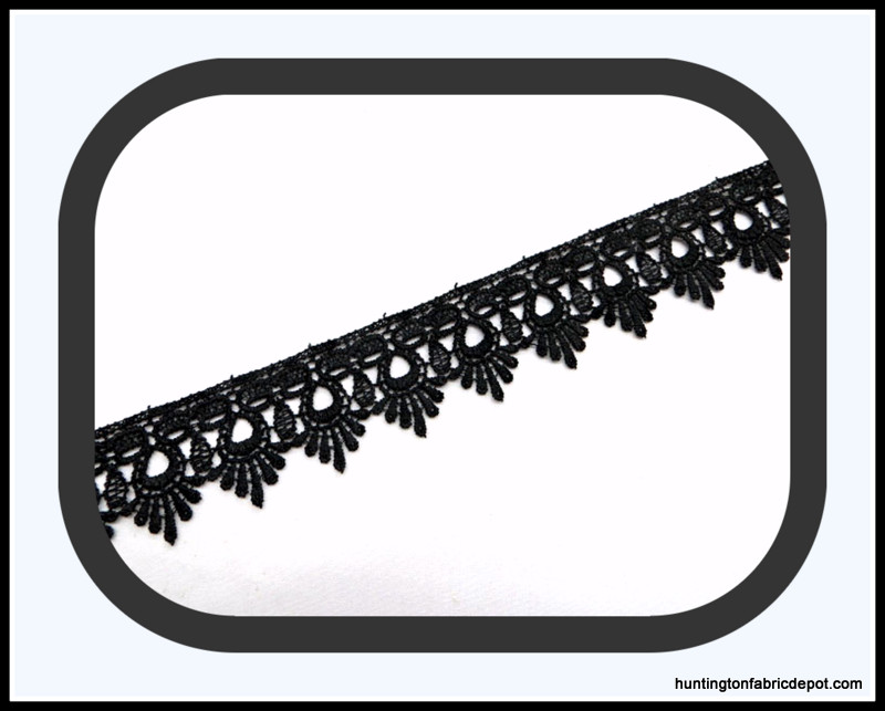 Black Scalloped Guipure Lace Trim