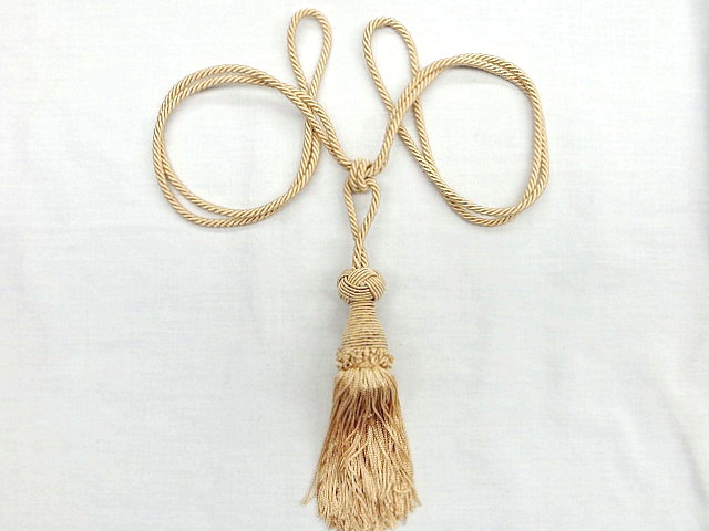 Light Tan Single Tassel Tieback