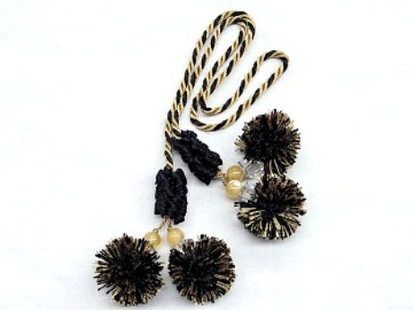 Black/Gold Double Ball Chair Tie