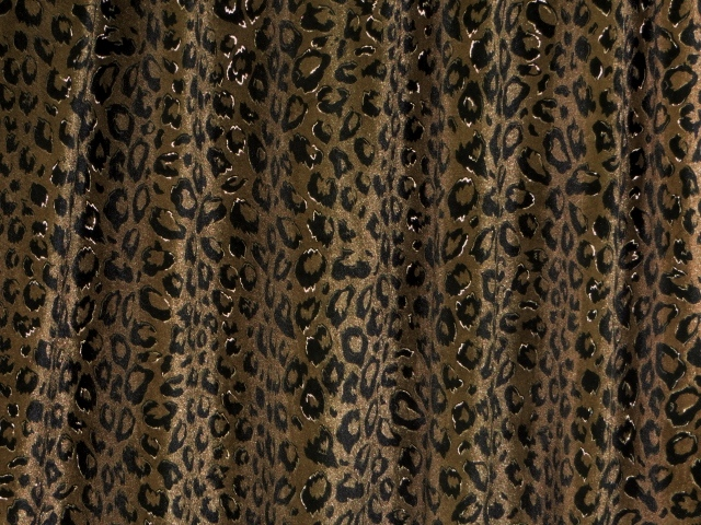 Stretchable Cheetah Printed Velvet Fabric
